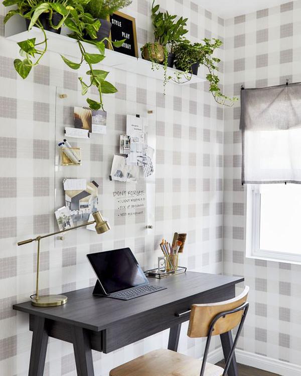 easy-diy-home-office-wallpaper-design