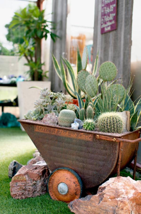 metal-cart-succulent-planters