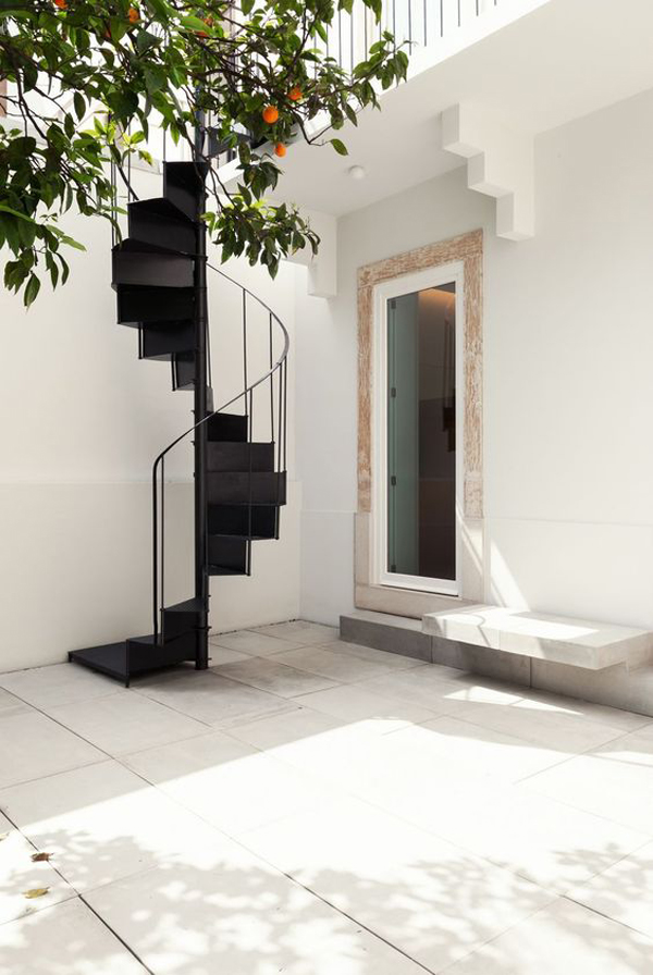 modern-and-unique-outdoor-spiral-staircase