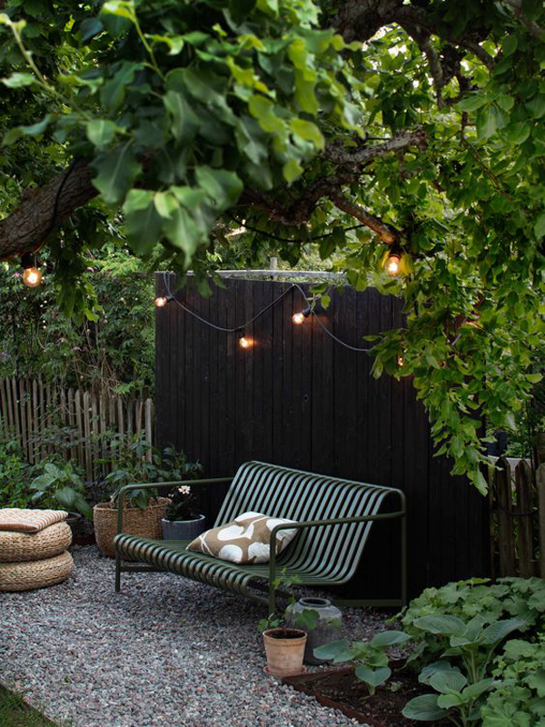 modern-outdoor-patios-with-jungle-decor