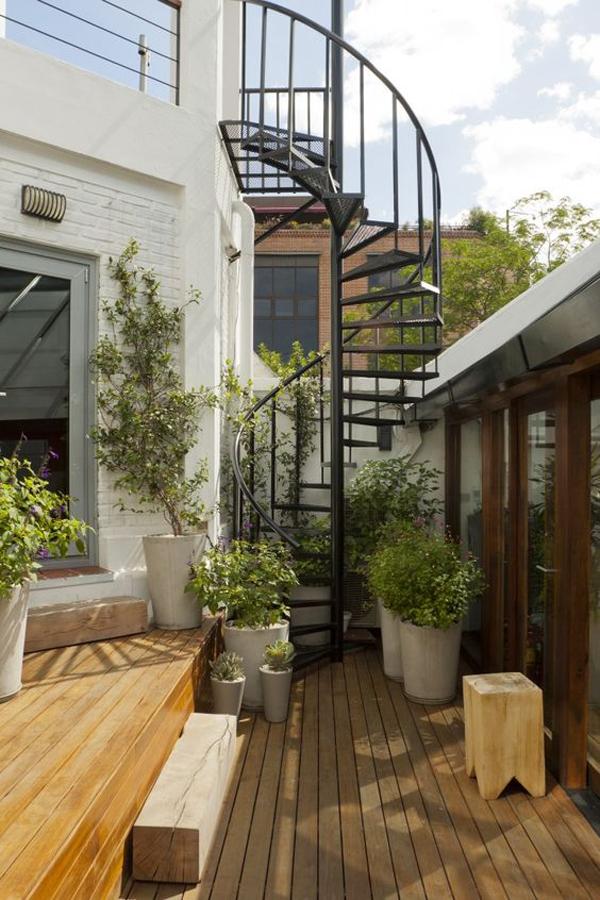modern-outdoor-spiral-staircase-deck
