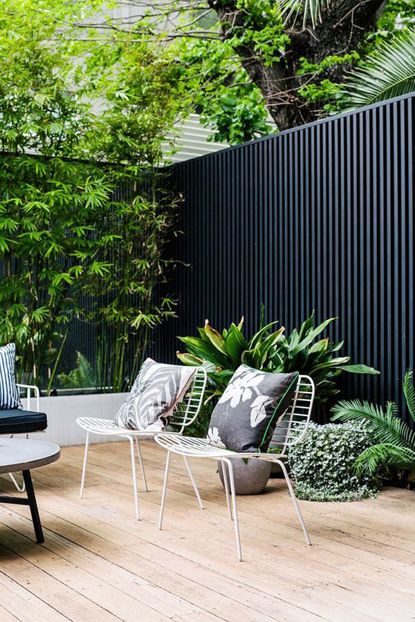 modern-patio-deck-for-urban-oasis