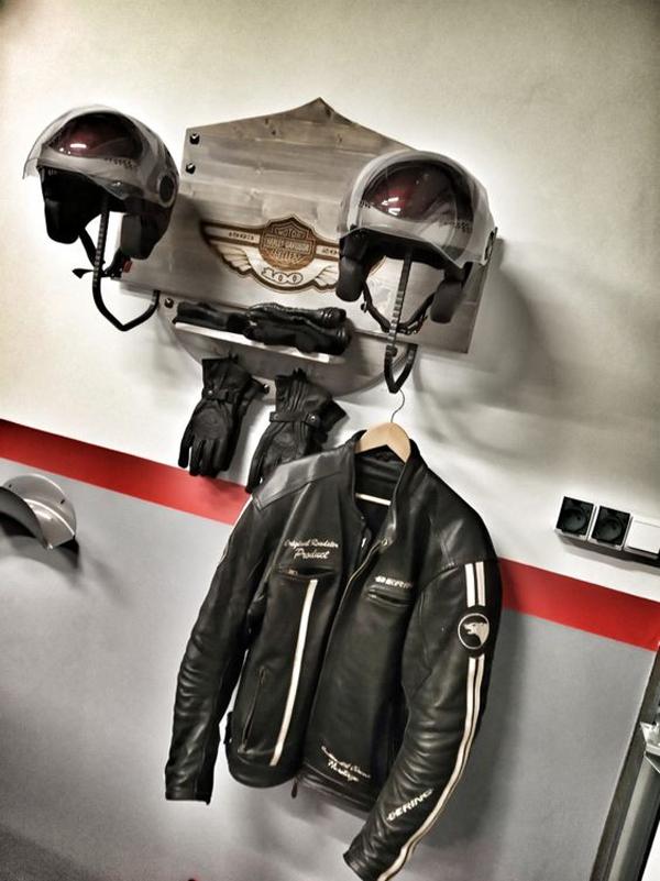 motorcycle-helmet-hanger-design