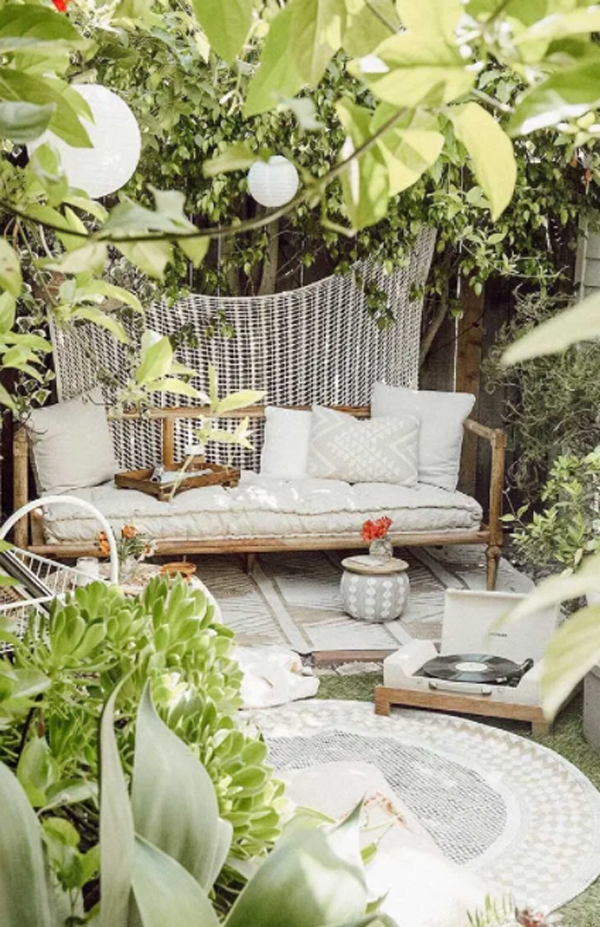 outdoor-natural-rugs-for-backyard