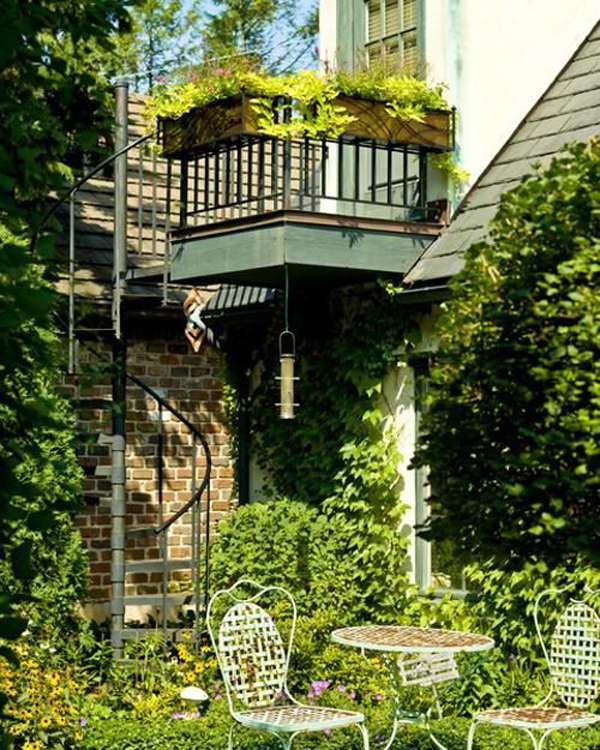 private-garden-ideas-with-spiral-staircase