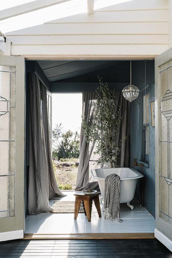 26 Cool And Fresh Bathroom Ideas For Summer
