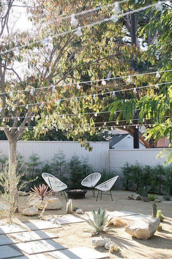 stylish-backyard-desert-garden-with-outdoor-retreat