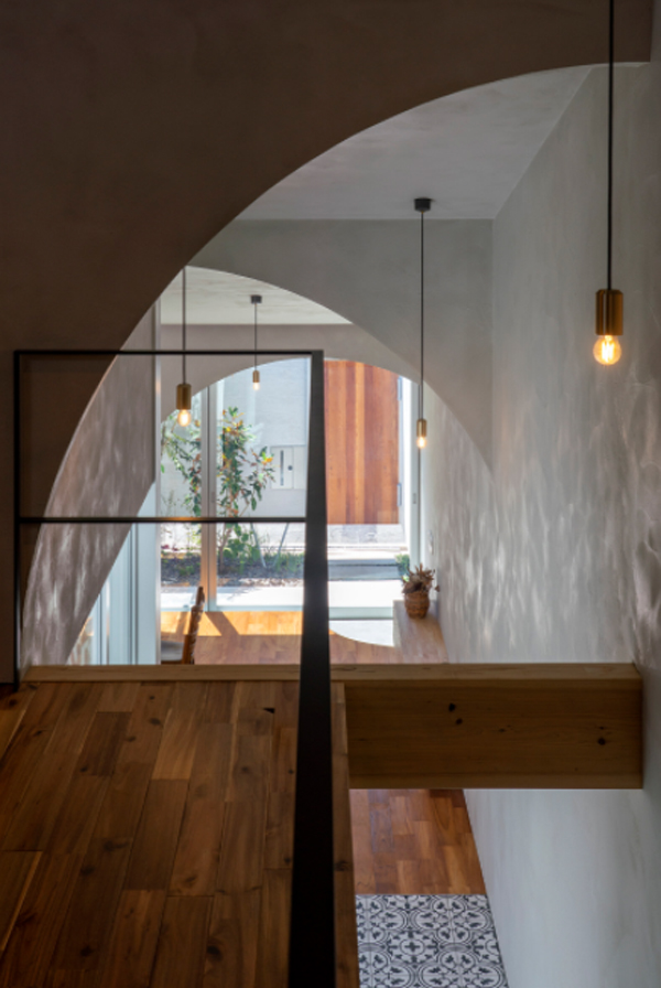 tiny-second-floor-with-a-view