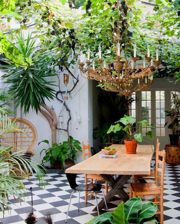 urban-jungle-decor-for-your-patio