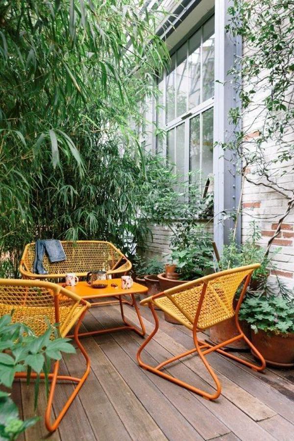 urban-patio-deck-with-contemporary-armchair