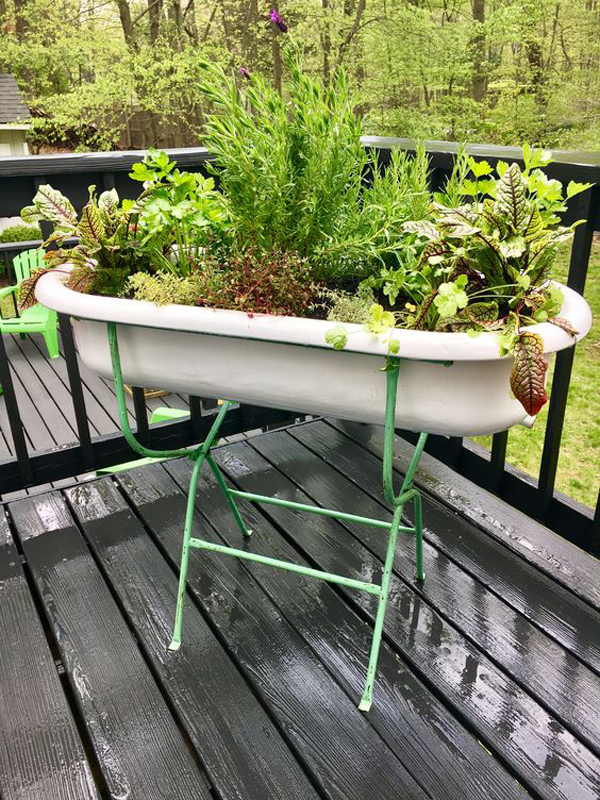 vintage-baby-bathtub-for-herb-planter-stand