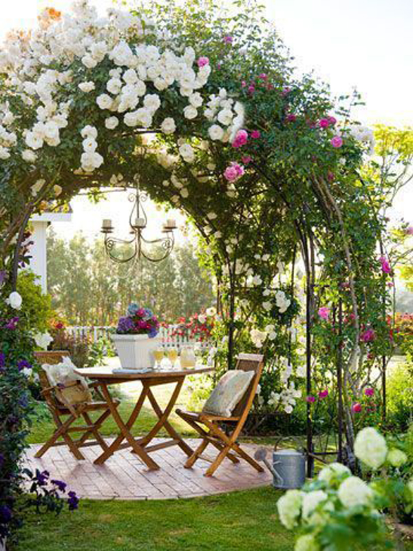 beautiful-cottage-flower-garden-with-romantic-accents