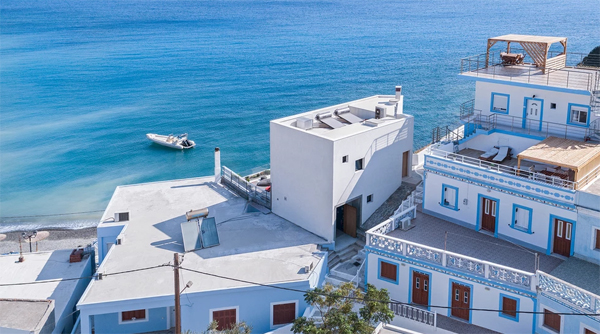 beautiful-viewpoint-residence-with-aegean-sea-view