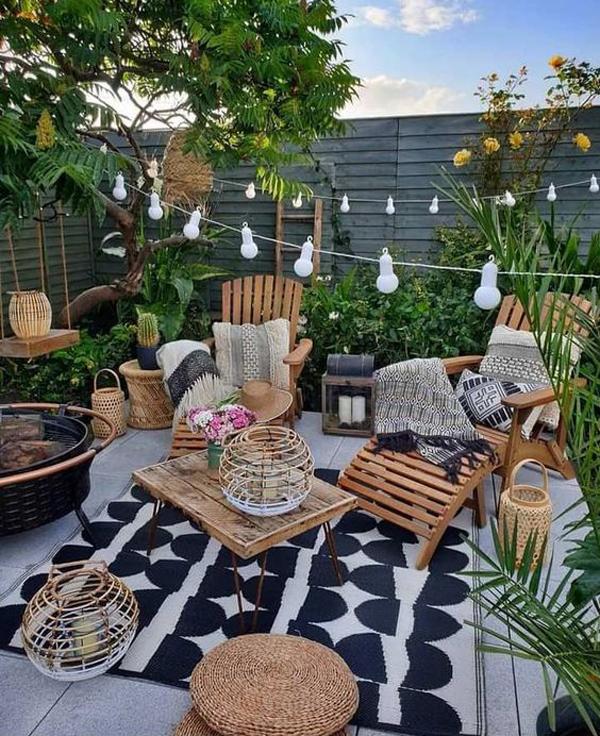 bohemian-backyard-garden-with-retreat