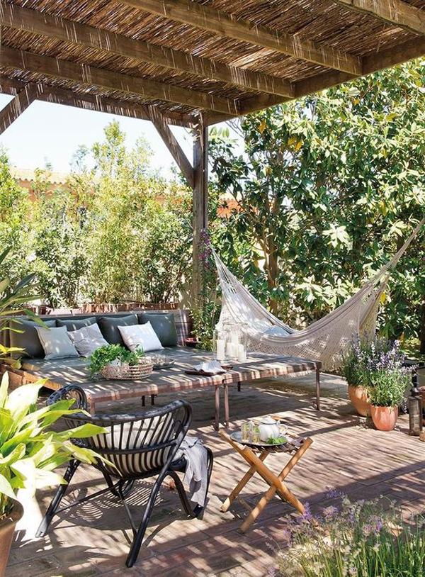 boho-chic-outdoor-retreat-with-hammock