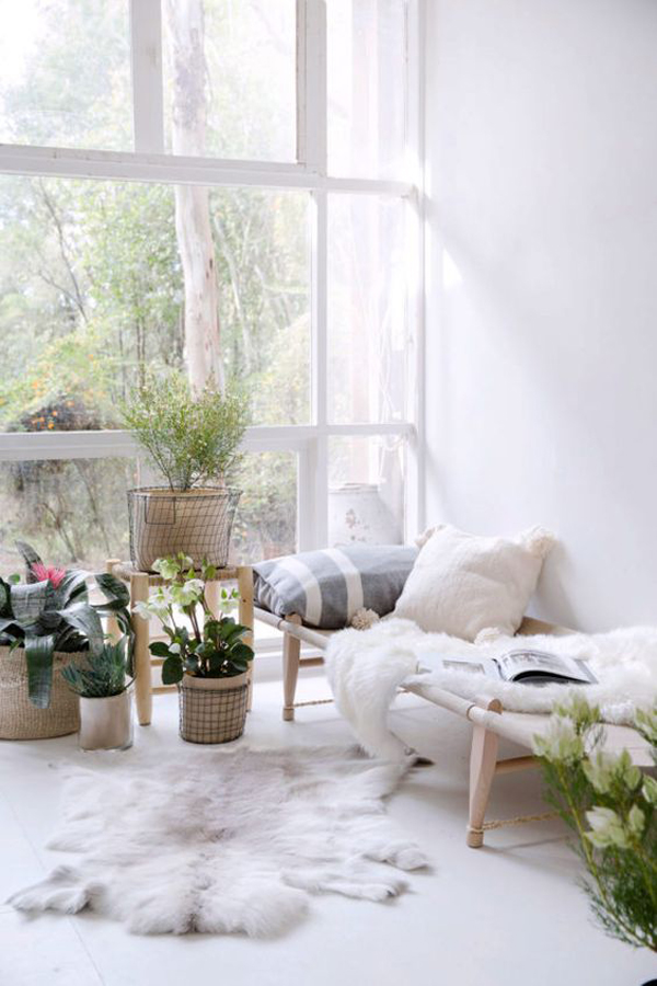 cozy-sunroom-with-reading-nook
