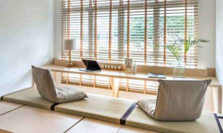 floor-desk-design-with-outdoor-view