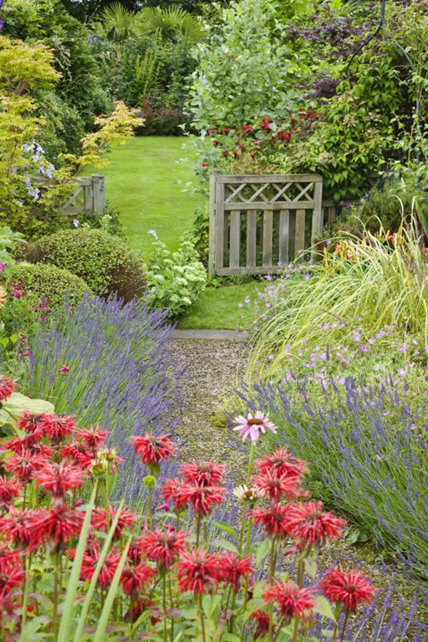 floral-cottage-style-gardens