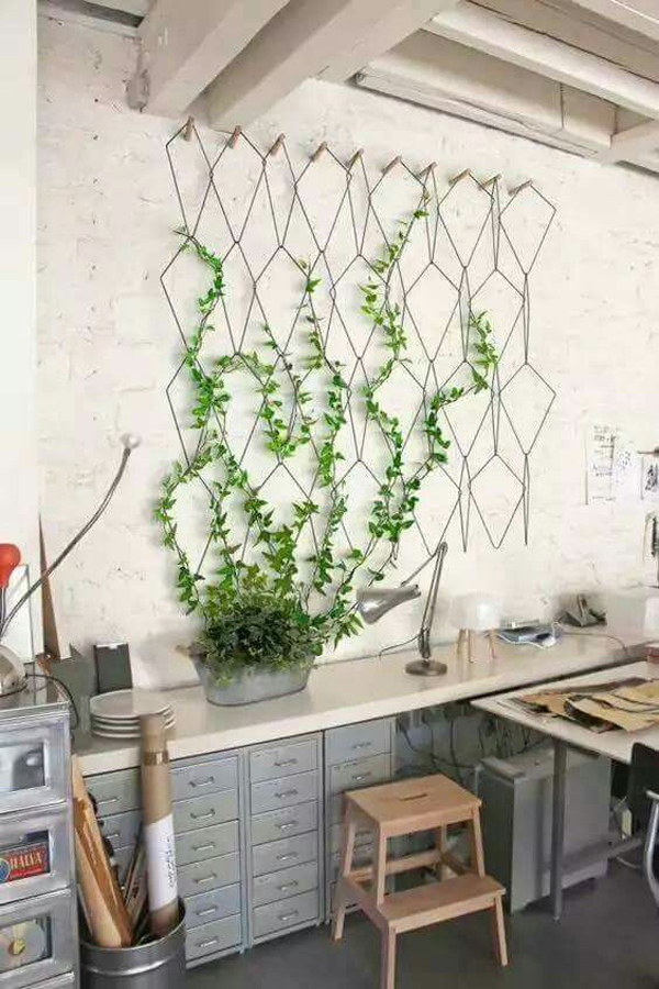 indoor-garden-trellis-wall-with-vintage-style