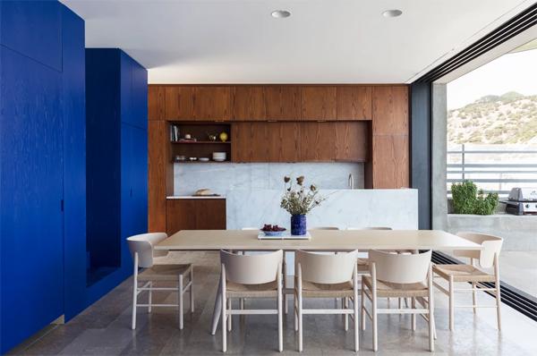 indoor-outdoor-dining-room-design