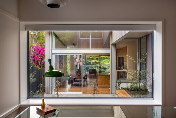 indoor-outdoor-home-office-with-glass