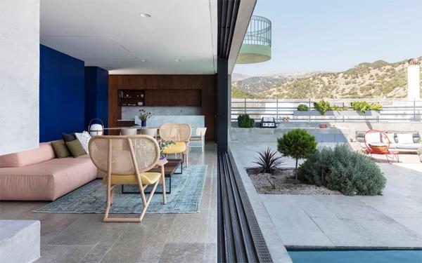 indoor-outdoor-living-areas