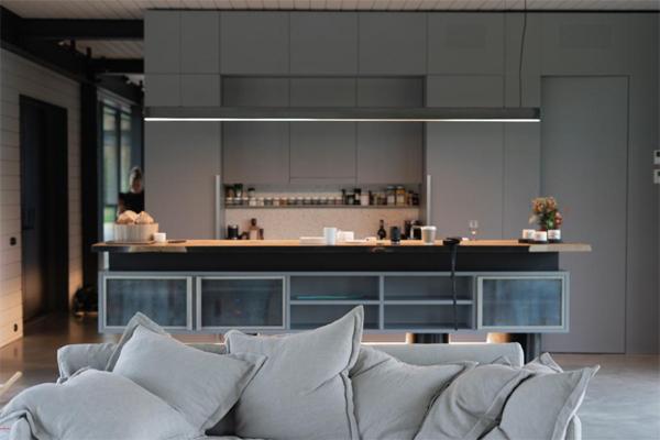 minimalist-latvian-kitchen-interior