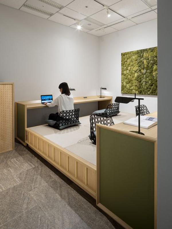 modern-japanese-floor-desk-for-office