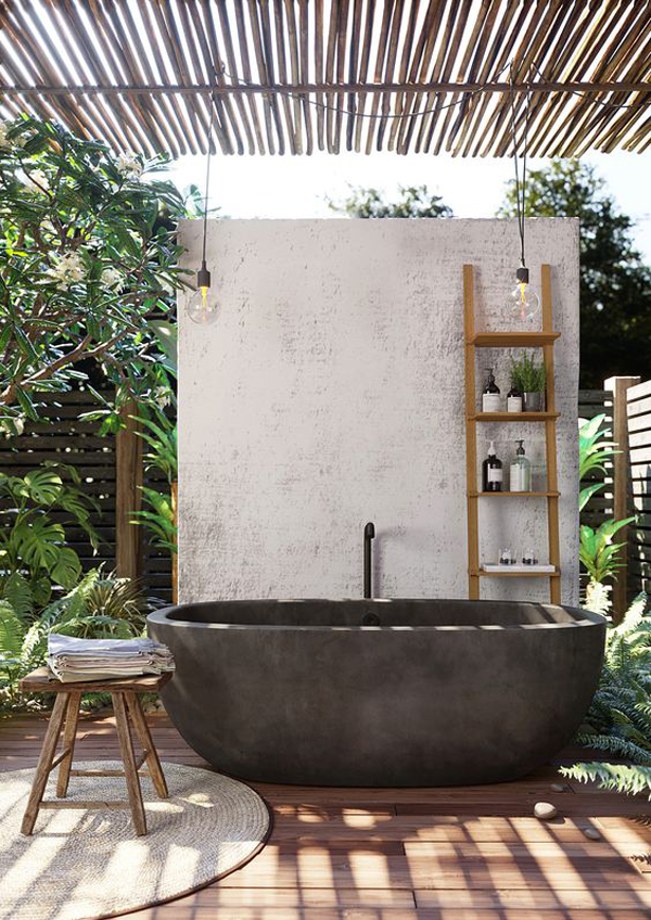 outdoor-freestanding-bathtub-for-small-space