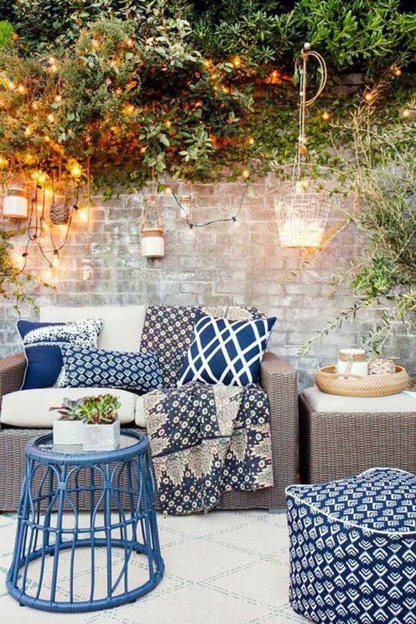 outdoor-patio-lights-with-cozy-area