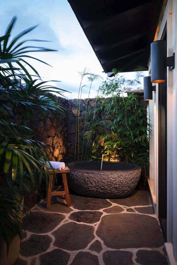 outdoor-stone-tubs-like-a-holiday