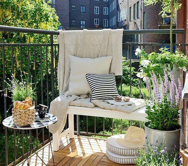 5 Creative Ways To Renovate Your Small Balcony