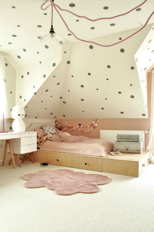 scandinavian-kid-bedroom-with-polka-dot-walls