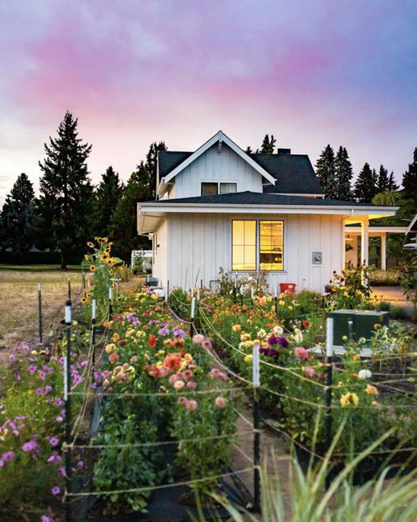 simple-flower-garden-landscaping-ideas