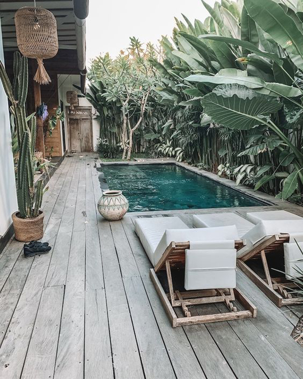 small-pool-deck-with-tropical-style