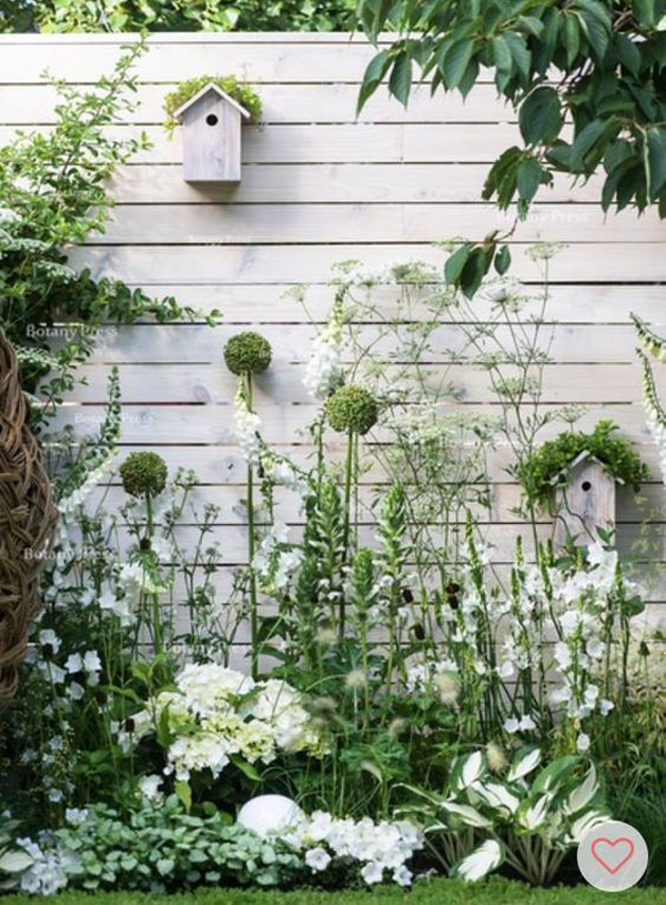 stylish-floral-fence-gardens