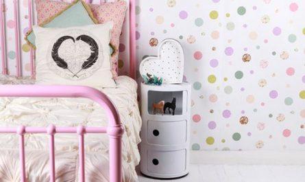 vintage-inspired-kids-room-with-fun-polka-dot-wall