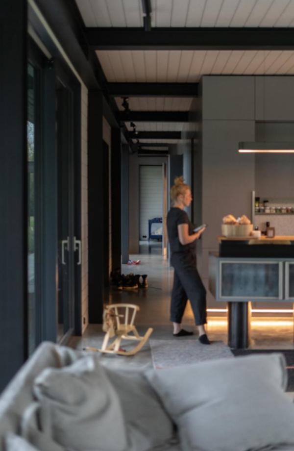 warm-and-minimalist-latvian-home-interiors