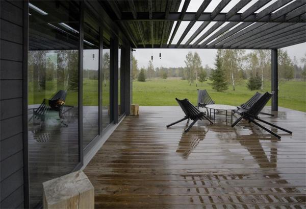 wooden-latvian-patio-design
