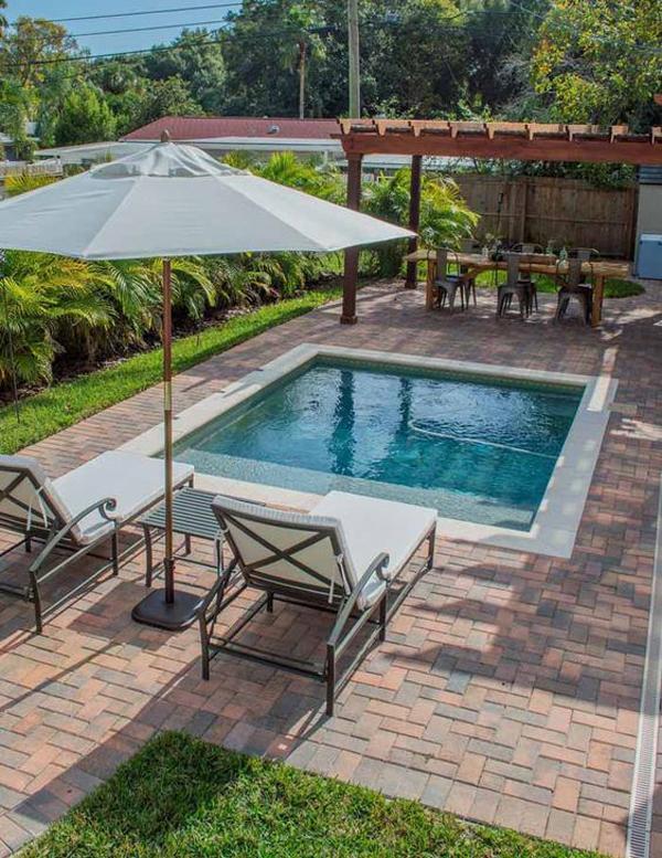 backyard-cocktail-swimming-pool-design