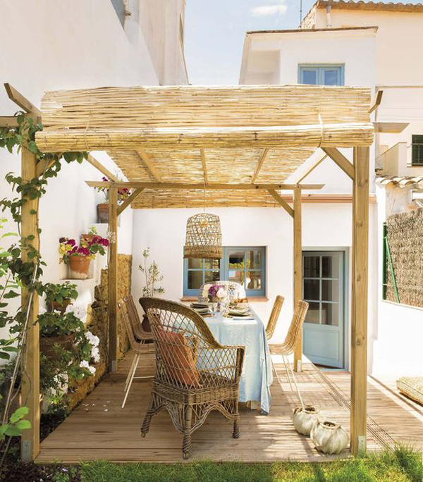 backyard-deck-with-wood-and-bamboo-pergolas