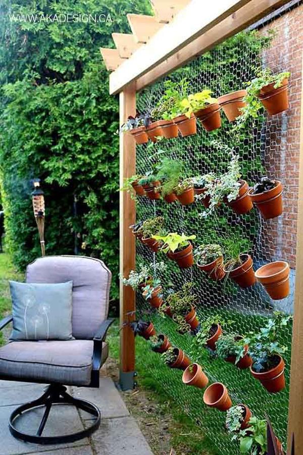 best-outdoor-vertical-garden-decor
