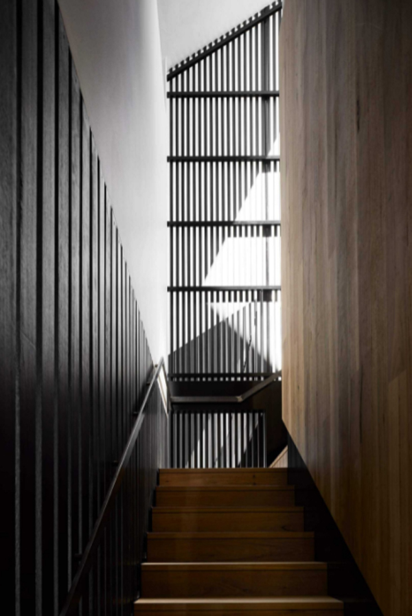 black-wood-staircase-design