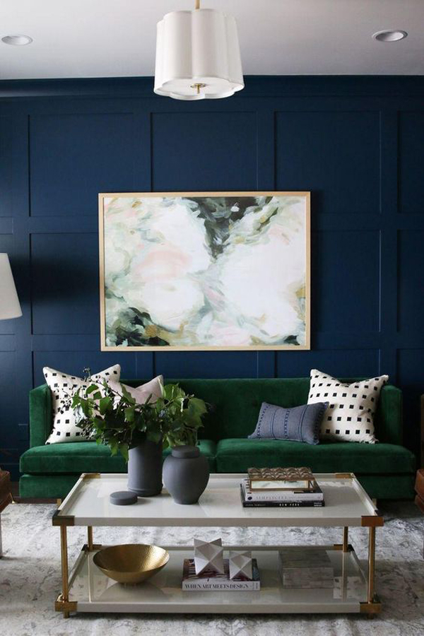 blue-living-room-with-green-color-scheme