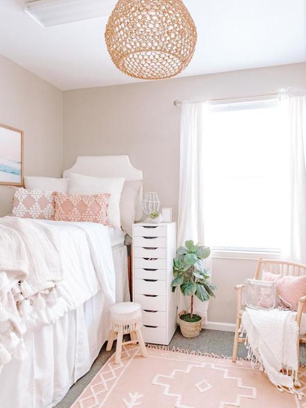boho-chic-dorm-room-for-girls