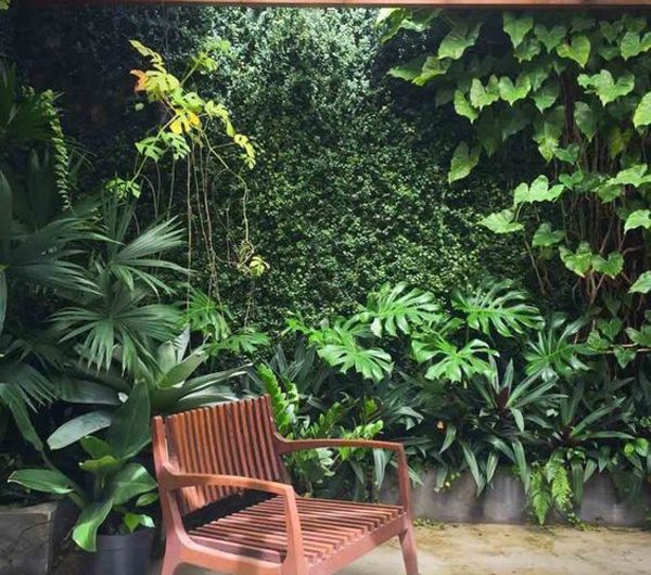24 Creative Vertical Garden Ideas And Decorating Tips