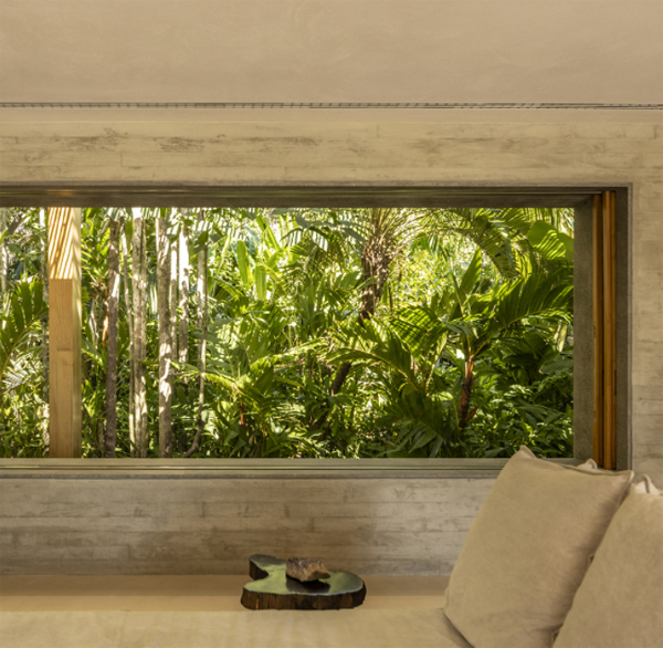 cozy-bedroom-design-with-jungle-view