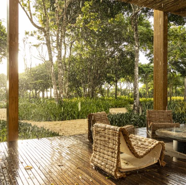 cozy-outdoor-patio-deck