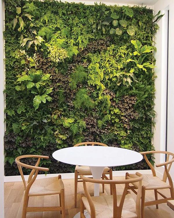 custom-vertical-garden-wall-ideas