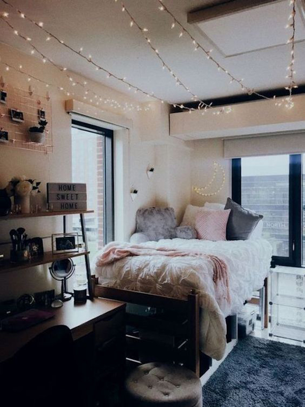 cute-college-dorm-room-with-ceiling-string-lights